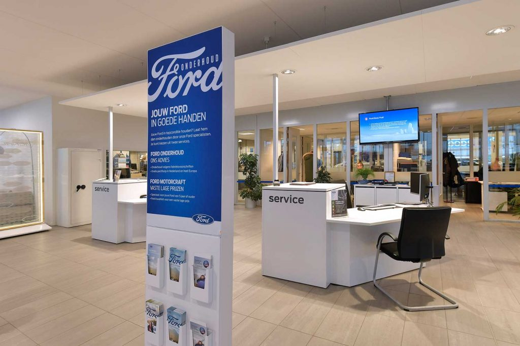 ford-displays-denekamper-metaal-industrie-2
